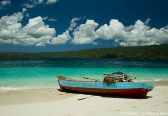 schiff am strand